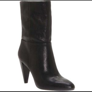 Vince Camuto Ezabelle Black Sheep Washed Boots